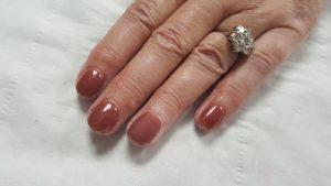 Choosing Between Gel Nails Or Acrylic Nails